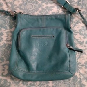 GUC Vintage Teal Fossil Leather Crossbody Purse!